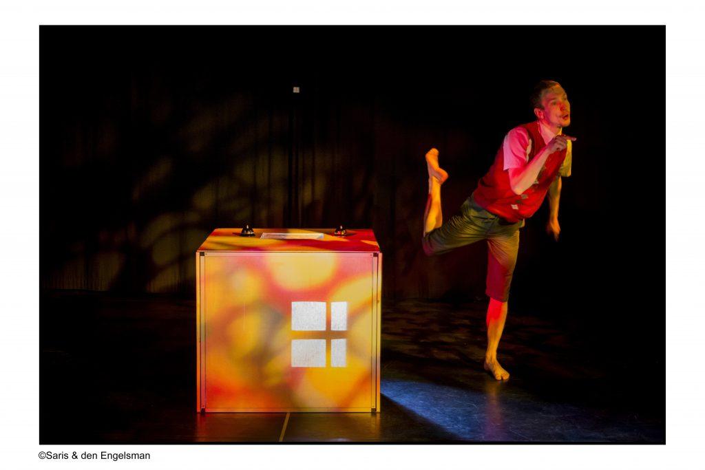 Twee Turven Hoog op lokatie - Simone de Jong - Kluizelaar - OstadeTheater - Amsterdam - © Saris & den Engelsman